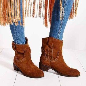 Jeffrey Campbell st Elmo boots